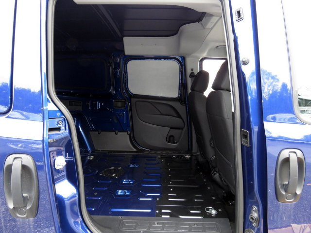 2018 ProMaster City FWD,  Empty Cargo Van #R18332 - photo 7