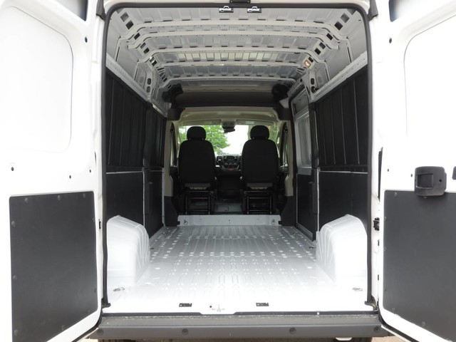 2018 ProMaster 3500 High Roof FWD,  Empty Cargo Van #JE136464 - photo 2