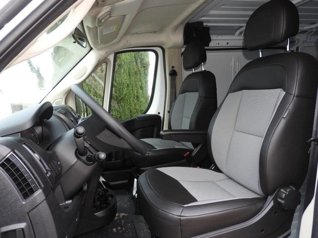 2018 ProMaster 1500 Standard Roof FWD,  Empty Cargo Van #JE159318 - photo 9