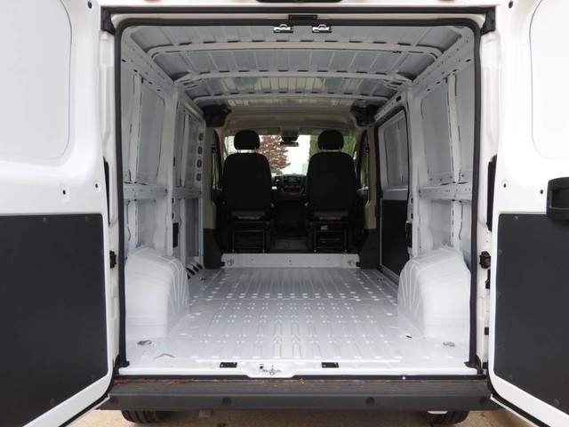2018 ProMaster 1500 Standard Roof FWD,  Empty Cargo Van #JE159318 - photo 2