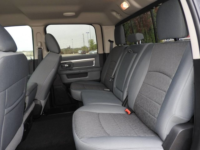 2018 Ram 2500 Crew Cab 4x4, Pickup #JG170324 - photo 21