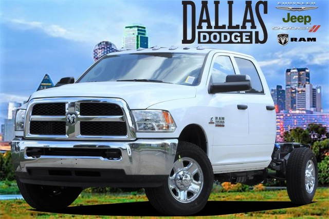 2018 Ram 3500 Crew Cab 4x4,  Cab Chassis #JG239586 - photo 1