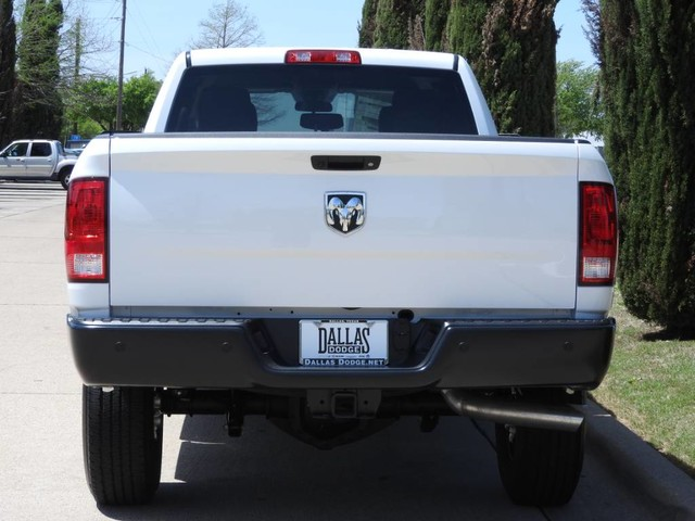 2018 Ram 3500 Crew Cab 4x2,  Pickup #JG241175 - photo 5