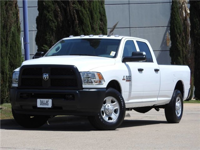 2018 Ram 3500 Crew Cab 4x2,  Pickup #JG241175 - photo 3