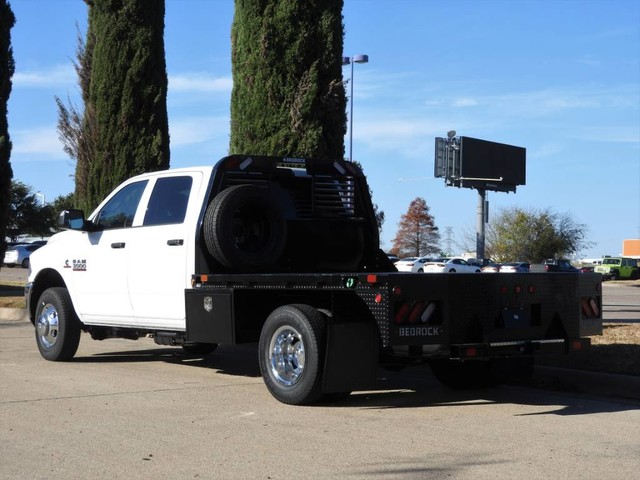 2018 Ram 3500 Crew Cab DRW 4x4,  Hauler Body #JG312556 - photo 2