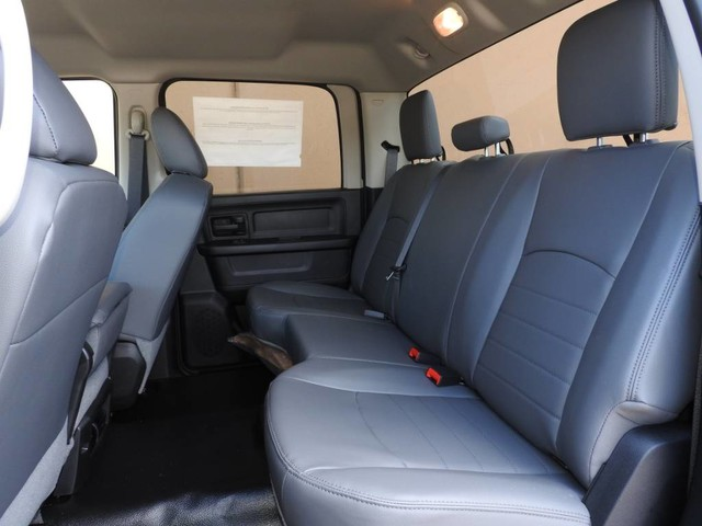 2018 Ram 3500 Crew Cab DRW 4x4,  Hauler Body #JG312558 - photo 14