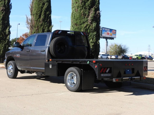 2018 Ram 3500 Crew Cab DRW 4x4,  Hauler Body #JG312558 - photo 2