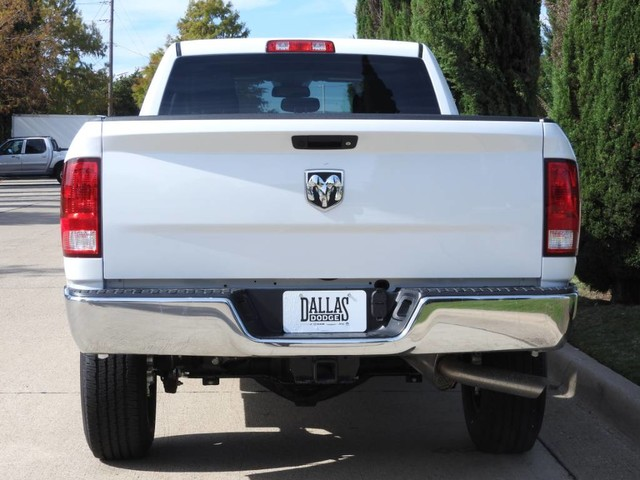 2018 Ram 2500 Crew Cab 4x2,  Pickup #JG346685 - photo 4