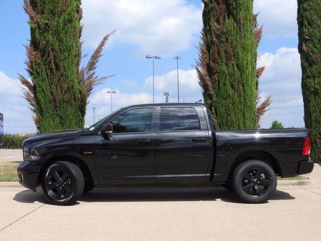 2018 Ram 1500 Crew Cab 4x4, Pickup #JS142365 - photo 4