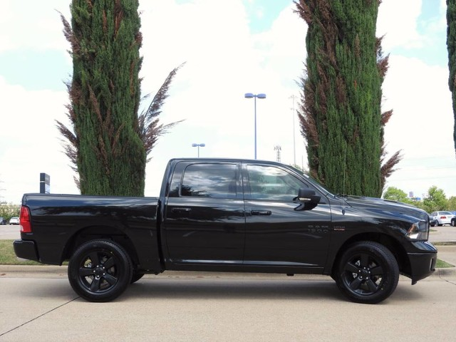 2018 Ram 1500 Crew Cab 4x4, Pickup #JS142365 - photo 9