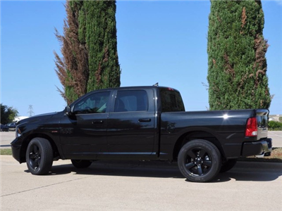 2018 Ram 1500 Crew Cab, Pickup #JS147327 - photo 5