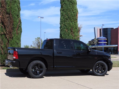 2018 Ram 1500 Crew Cab, Pickup #JS147327 - photo 8