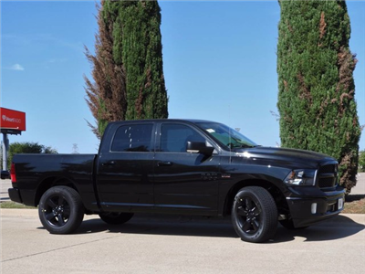 2018 Ram 1500 Crew Cab, Pickup #JS147327 - photo 10
