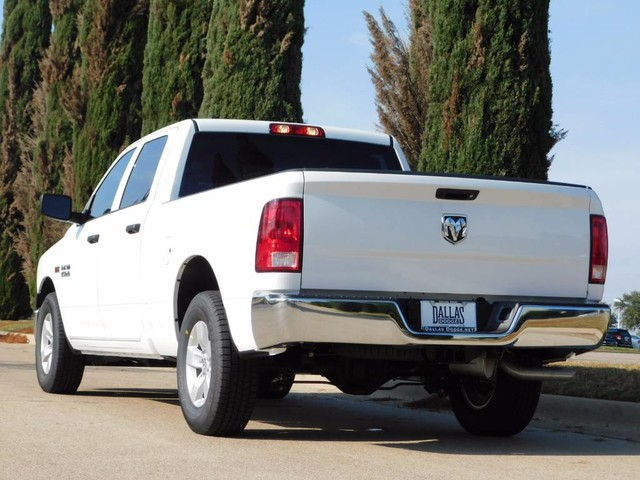 2018 Ram 1500 Crew Cab, Pickup #JS157383 - photo 2