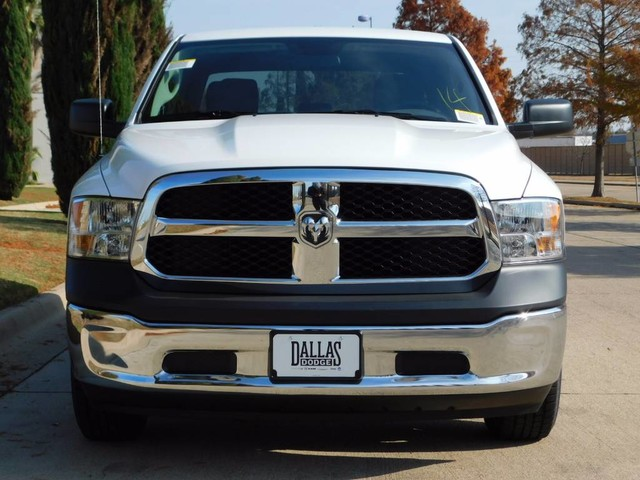 2018 Ram 1500 Crew Cab, Pickup #JS157383 - photo 9