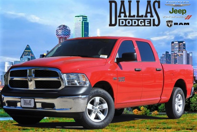 2018 Ram 1500 Crew Cab 4x4, Pickup #JS185629 - photo 1