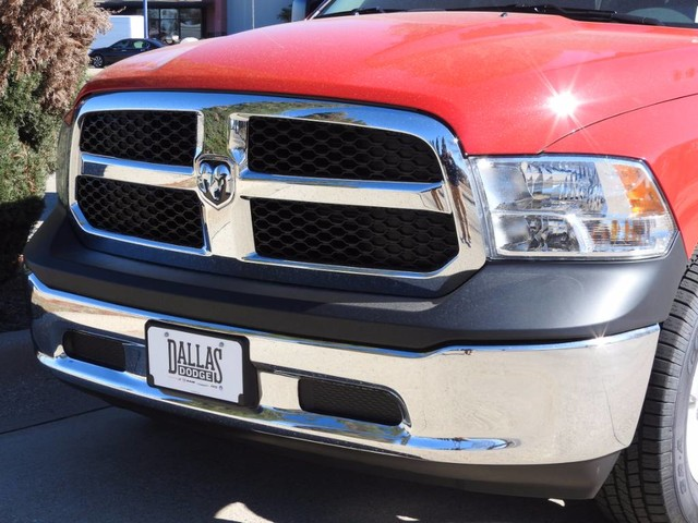 2018 Ram 1500 Crew Cab 4x4, Pickup #JS185629 - photo 9