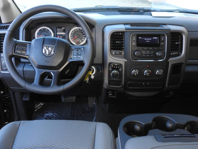 2019 Ram 1500 Quad Cab 4x2,  Pickup #KS555633 - photo 6