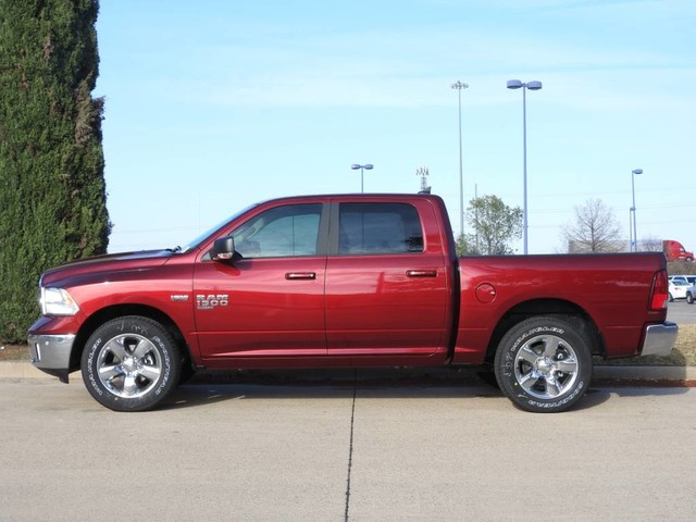 2019 Ram 1500 Crew Cab 4x2,  Pickup #KS564105 - photo 2