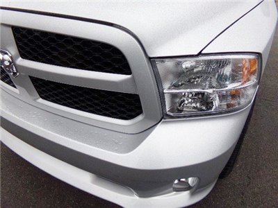 2018 Ram 1500 Quad Cab 4x4, Pickup #16497 - photo 9