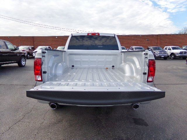 2018 Ram 1500 Quad Cab, Pickup #16527 - photo 25