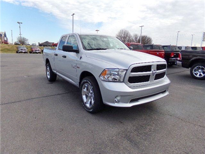 2018 Ram 1500 Quad Cab, Pickup #16527 - photo 4