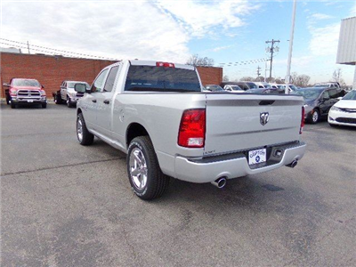 2018 Ram 1500 Quad Cab, Pickup #16527 - photo 2