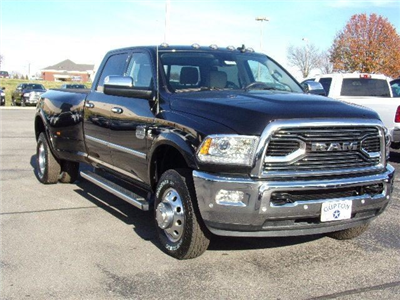 2018 Ram 3500 Crew Cab DRW 4x4,  Pickup #16536 - photo 4