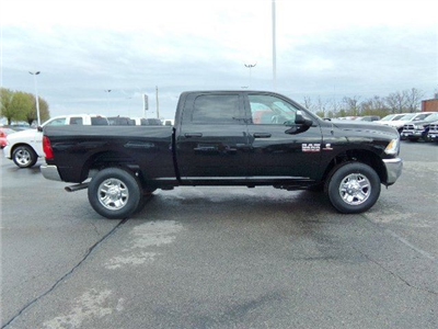2018 Ram 2500 Crew Cab 4x4, Pickup #16634 - photo 3