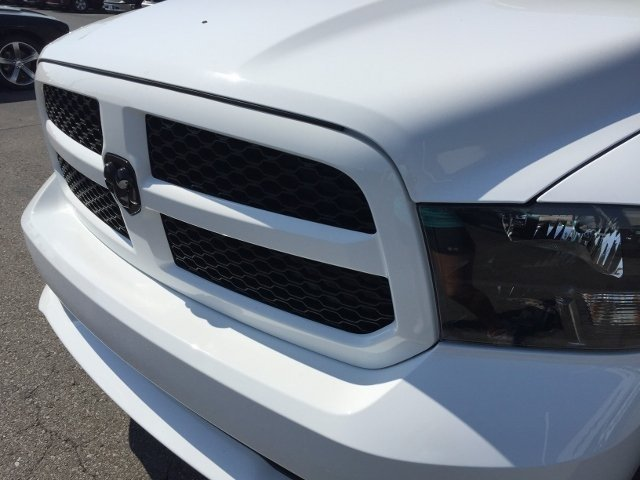 2018 Ram 1500 Crew Cab 4x4,  Pickup #16776 - photo 10