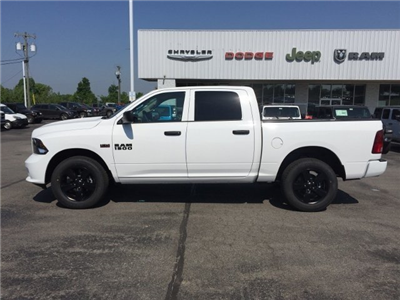 2018 Ram 1500 Crew Cab 4x4,  Pickup #16776 - photo 3