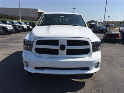 2018 Ram 1500 Crew Cab 4x4,  Pickup #16776 - photo 4