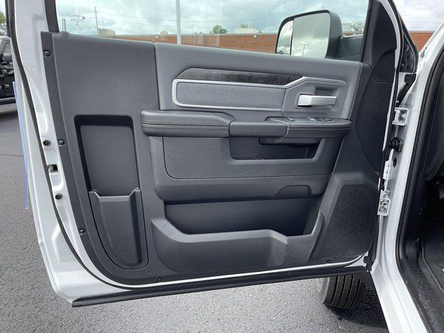 2021 Ram 5500 Regular Cab DRW 4x4,  Cab Chassis #18103 - photo 11