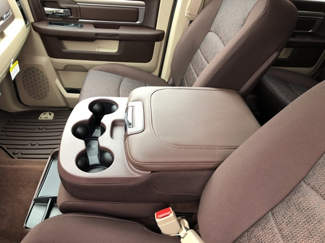 2018 Ram 1500 Crew Cab 4x4 Pickup #18083 - photo 14