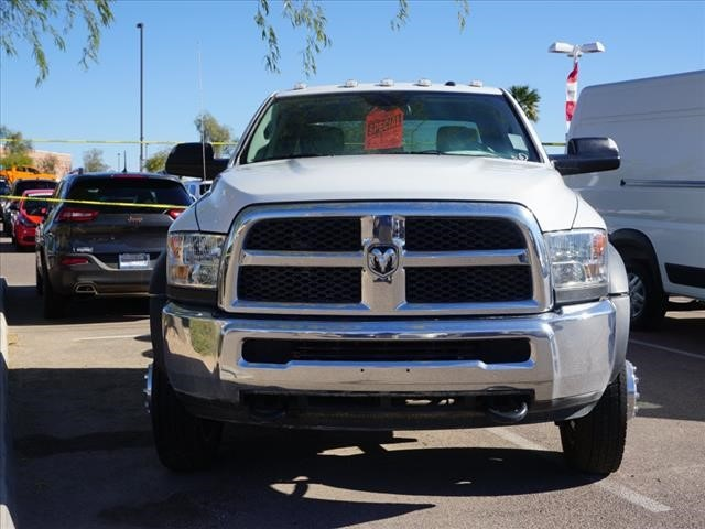 2016 Ram 5500 Crew Cab DRW 4x4 Cab Chassis #GG139465 - photo 3