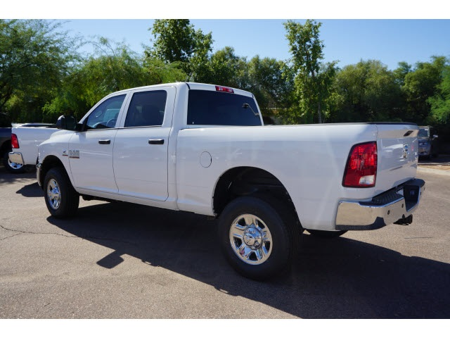 2018 Ram 2500 Crew Cab 4x4 Pickup #JG106491 - photo 2