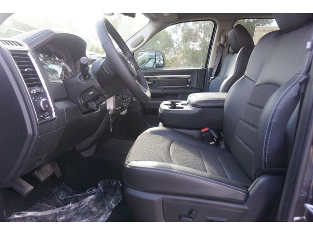 2018 Ram 2500 Crew Cab, Pickup #JG155661 - photo 3