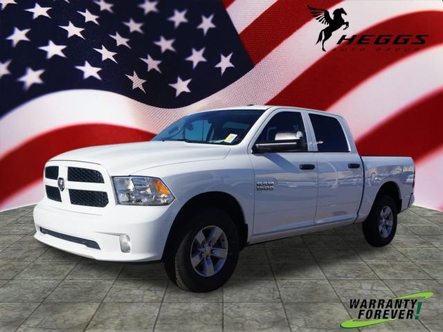 2018 Ram 1500 Crew Cab 4x4,  Pickup #JG197304 - photo 1