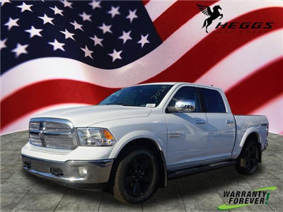 2018 Ram 1500 Crew Cab 4x4, Pickup #JS147035 - photo 1