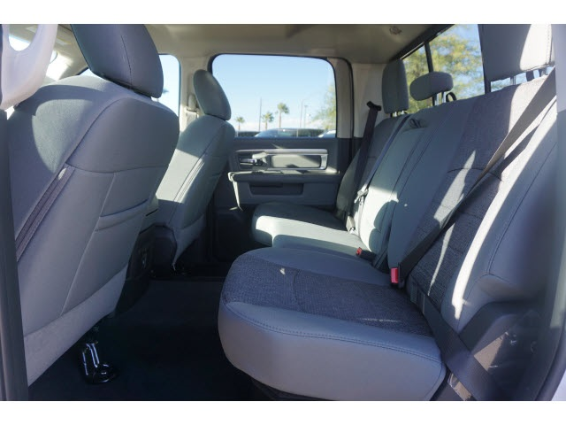 2018 Ram 1500 Crew Cab 4x4, Pickup #JS147036 - photo 5