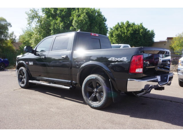 2018 Ram 1500 Crew Cab 4x4, Pickup #JS147039 - photo 2