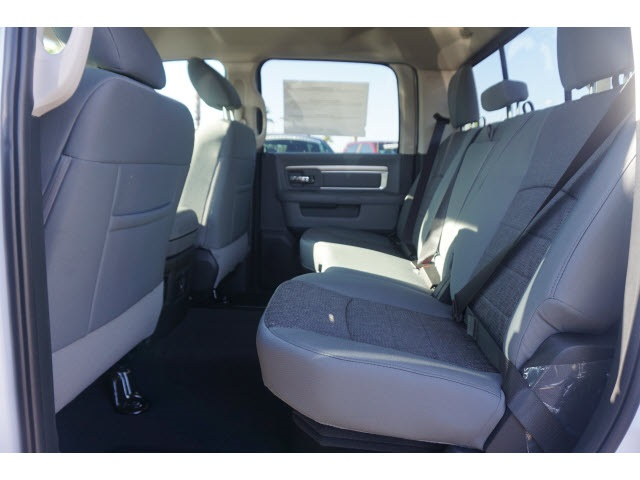 2018 Ram 1500 Crew Cab 4x4,  Pickup #JS153818 - photo 4