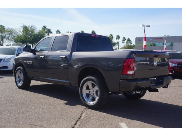 2018 Ram 1500 Crew Cab 4x4, Pickup #JS194509 - photo 2