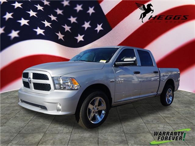 2018 Ram 1500 Crew Cab 4x4, Pickup #JS194510 - photo 1
