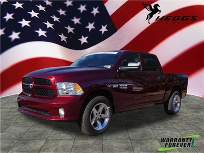 2018 Ram 1500 Crew Cab 4x4, Pickup #JS194516 - photo 1