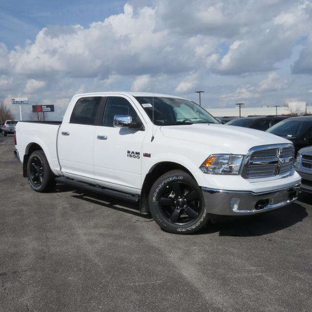 2018 Ram 1500 Crew Cab 4x2,  Pickup #C1076 - photo 4