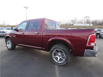 2018 Ram 1500 Crew Cab 4x4, Pickup #C1161 - photo 2