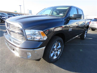 2018 Ram 1500 Crew Cab 4x4, Pickup #C1188 - photo 7