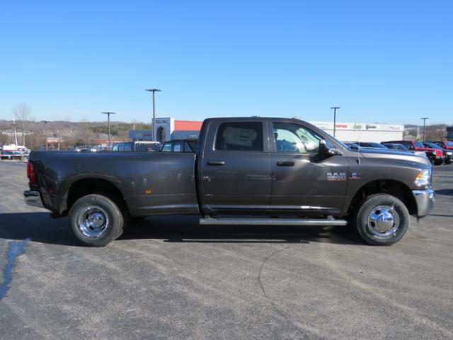 2018 Ram 3500 Crew Cab DRW 4x4,  Pickup #C1207 - photo 3