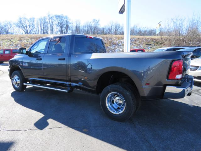 2018 Ram 3500 Crew Cab DRW 4x4,  Pickup #C1207 - photo 5